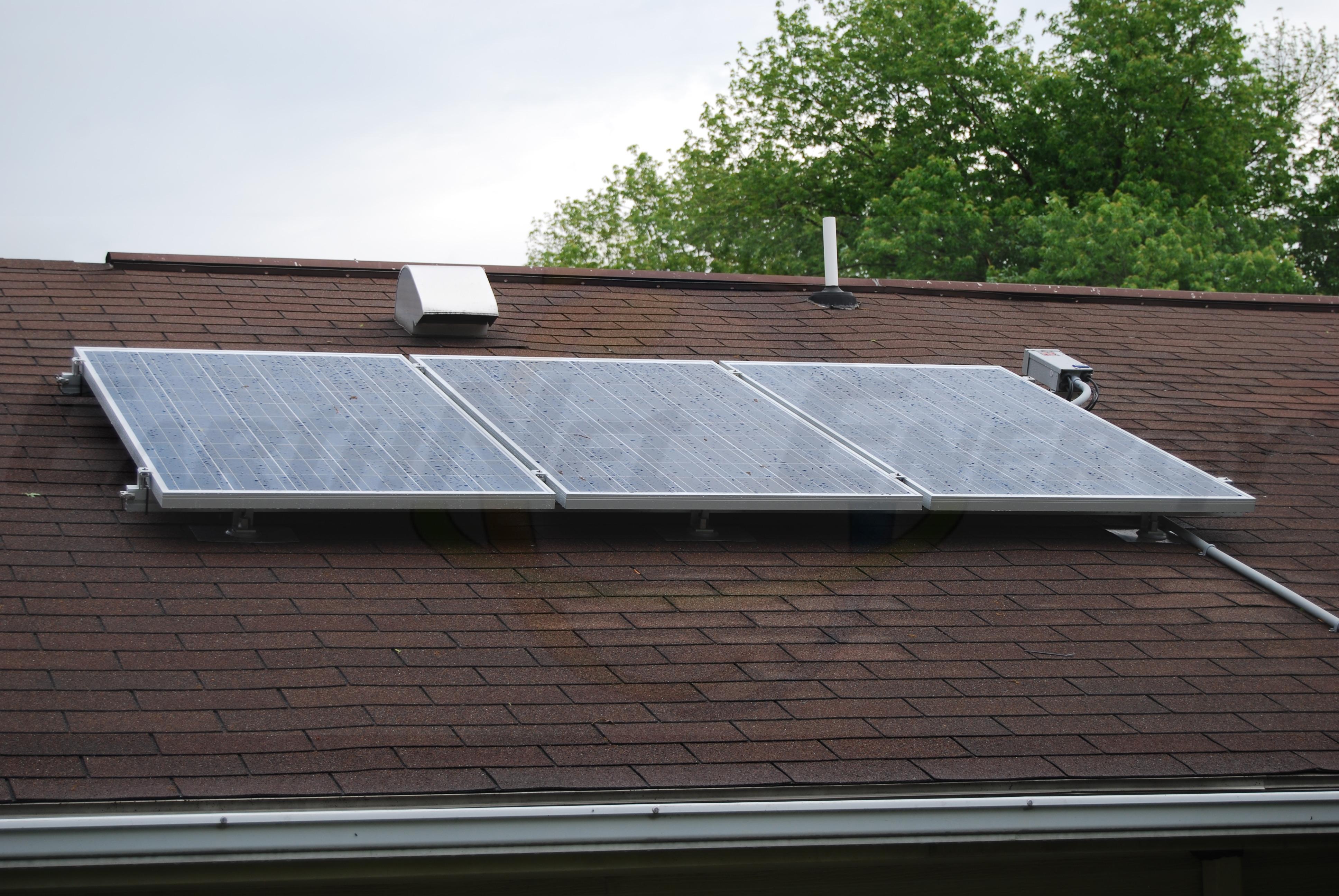 Solar roofing singles